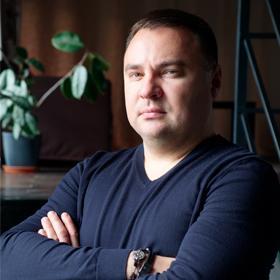 Олег Азаров